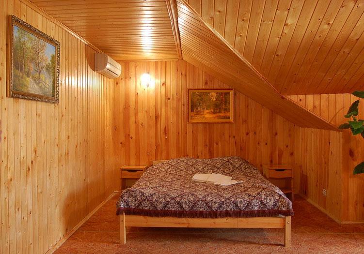 отделка вагонкой спальни